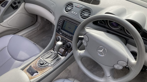 2006 Mercedes SL 350 Convertible For Sale (picture 30 of 94)