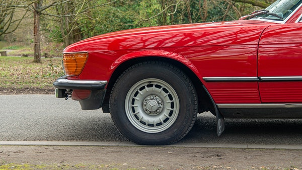 1984 Mercedes SL280 For Sale (picture 17 of 38)