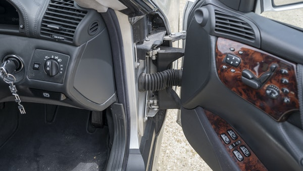 RESERVE LOWERED - 2000 Mercedes CL 600 V12 For Sale (picture 85 of 205)