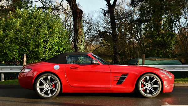 RESERVE LOWERED - 2011 Mercedes-Benz SLS AMG Roadster For Sale (picture 6 of 118)