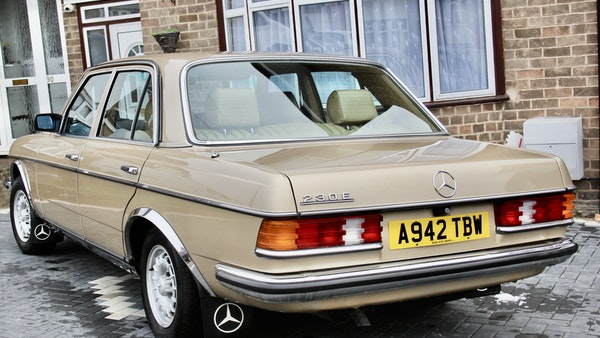 1984 Mercedes W123 230 E For Sale (picture 10 of 111)
