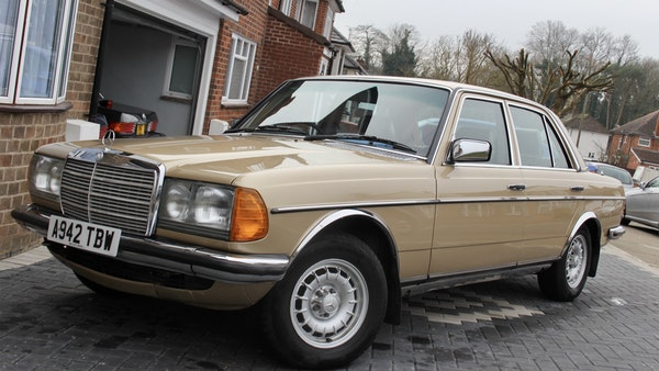 1984 Mercedes W123 230 E For Sale (picture 14 of 111)