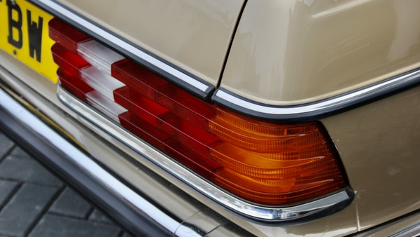 1984 Mercedes W123 230 E For Sale (picture 71 of 111)