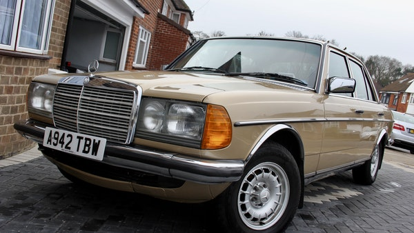 1984 Mercedes W123 230 E For Sale (picture 12 of 111)