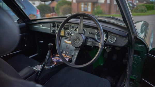 NO RESERVE! - 1975 MGB GT Jubilee For Sale (picture 23 of 86)