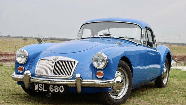 1960 MGA 1600 Coupé For Sale (picture 1 of 100)