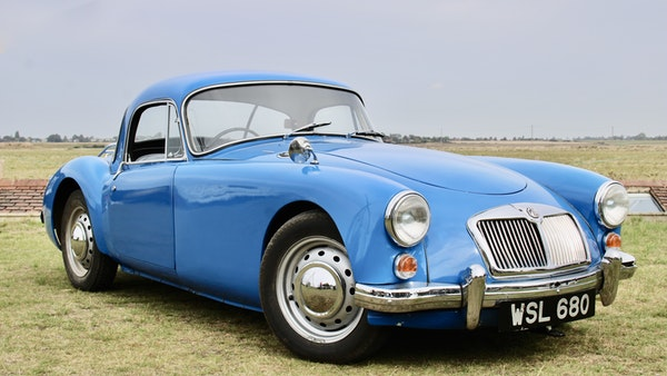 1960 MGA 1600 Coupé For Sale (picture 5 of 100)