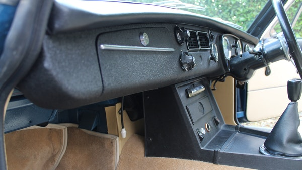 1973 MGB GT V8 For Sale (picture 49 of 142)