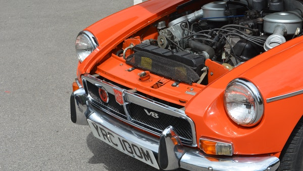 1974 MGB GT V8 For Sale (picture 138 of 170)