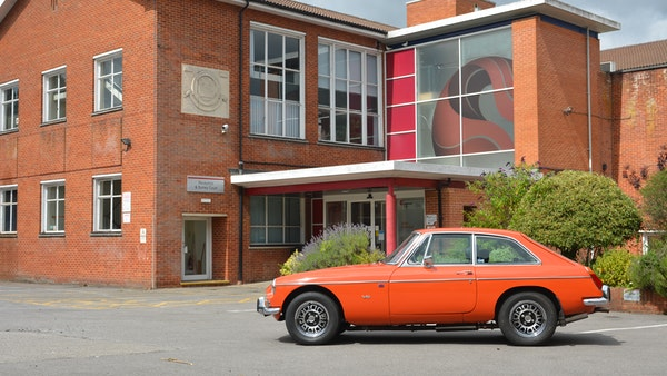 1974 MGB GT V8 For Sale (picture 8 of 170)