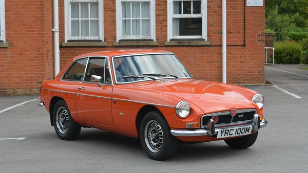 1974 MGB GT V8 For Sale (picture 5 of 170)