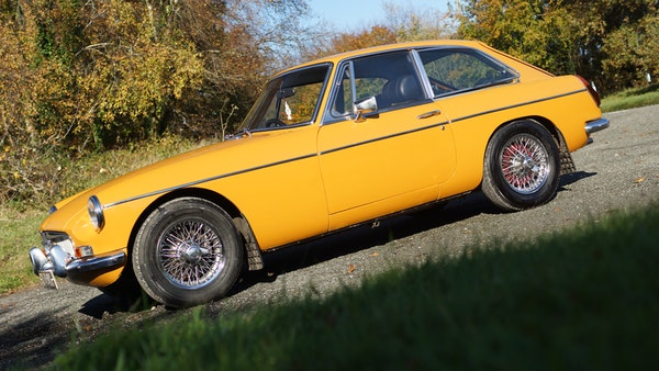 NO RESERVE! - 1972 MGB GT For Sale (picture 9 of 163)