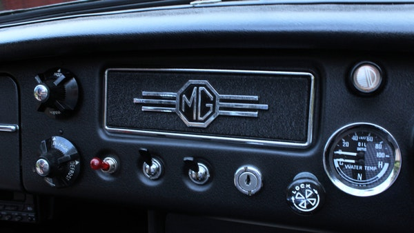 1965 MGB Roadster For Sale (picture 31 of 121)