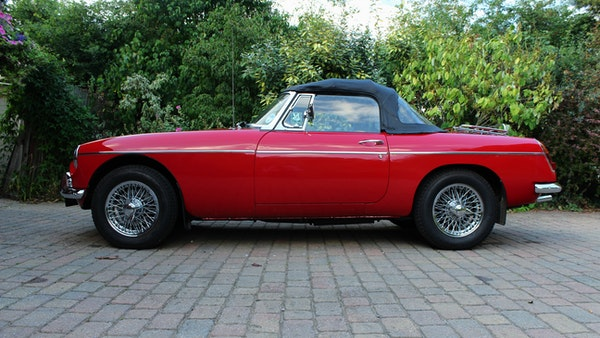 1965 MGB Roadster For Sale (picture 13 of 121)