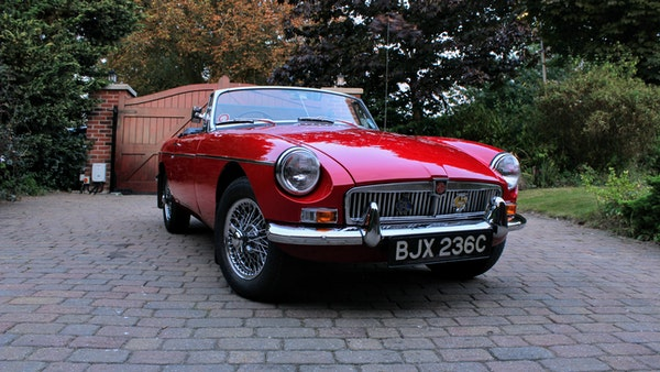 1965 MGB Roadster For Sale (picture 3 of 121)
