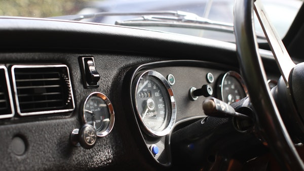 1975 MGB GT V8 For Sale (picture 49 of 83)