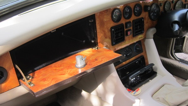 RESERVE REMOVED - 1994 MG RV8 For Sale (picture 23 of 110)