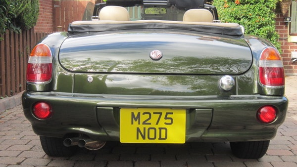 RESERVE REMOVED - 1994 MG RV8 For Sale (picture 4 of 110)