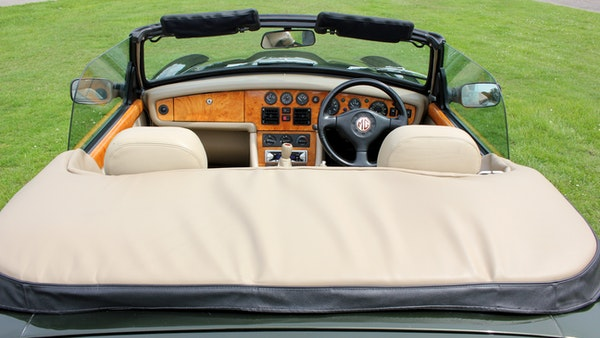 1994 MG RV8 For Sale (picture 44 of 105)