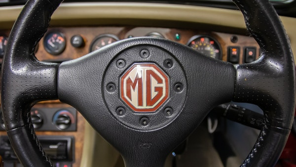 1996 MG RV8 For Sale (picture 31 of 133)