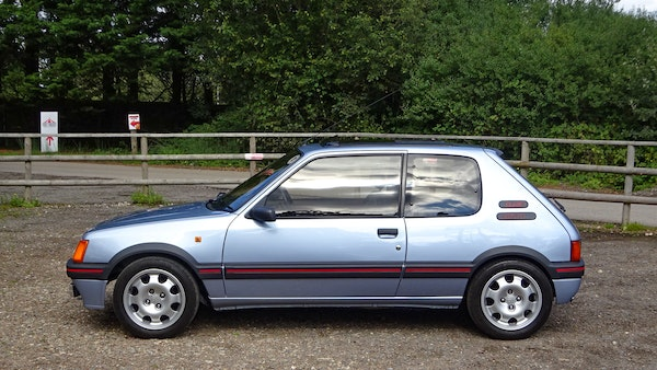 1989 Peugeot 205 GTI 1.9 For Sale (picture 26 of 161)