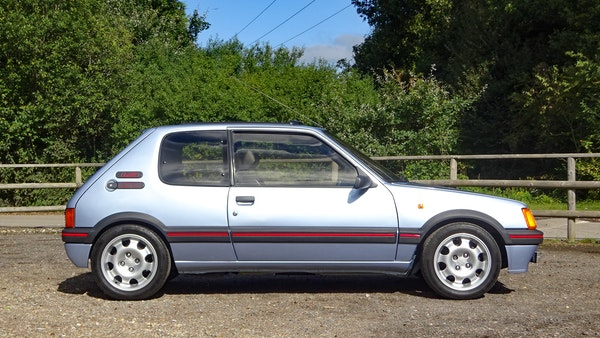1989 Peugeot 205 GTI 1.9 For Sale (picture 16 of 161)