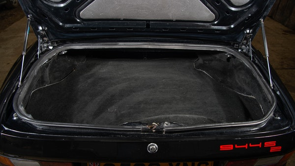 1989 Porsche 944 S2 Convertible For Sale (picture 59 of 97)