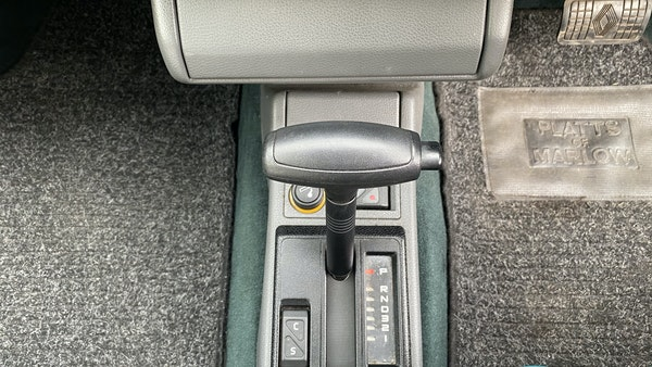 NO RESERVE! - 1993 Renault Clio Baccara For Sale (picture 101 of 221)