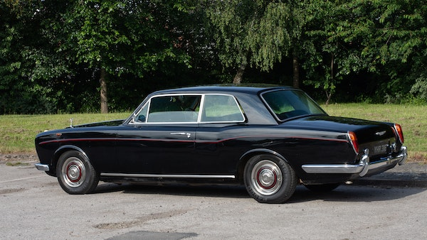 1967 Rolls-Royce Silver Shadow Two-Door Fixed-Head Coupé For Sale (picture 4 of 136)