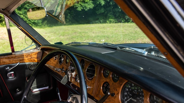 1967 Rolls-Royce Silver Shadow Two-Door Fixed-Head Coupé For Sale (picture 16 of 136)