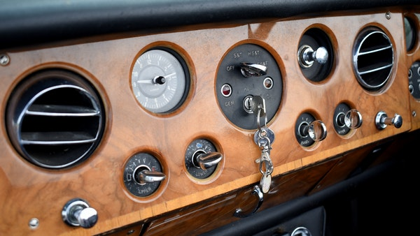 1968 Rolls-Royce Silver Shadow Drophead Coupé by Mulliner Park Ward For Sale (picture 32 of 159)