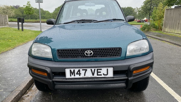 RESERVE LOWERED - 1994 Toyota RAV4 GX For Sale (picture 42 of 302)