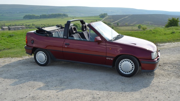 RESERVE LOWERED - 1991 Vauxhall Astra GTE Bertone For Sale (picture 29 of 87)