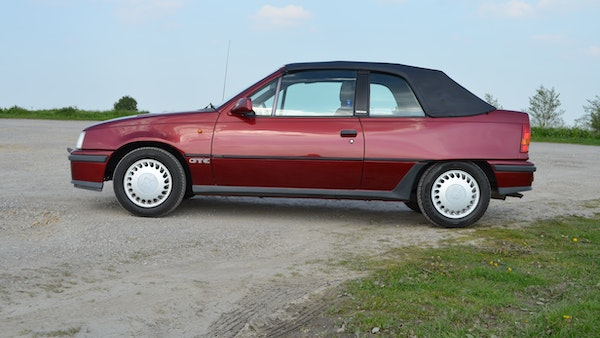 RESERVE LOWERED - 1991 Vauxhall Astra GTE Bertone For Sale (picture 18 of 87)