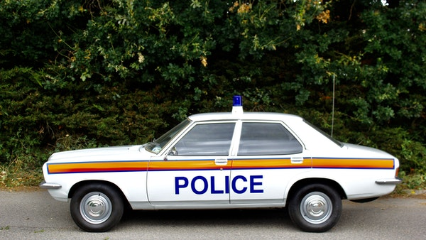 1978 Vauxhall VX2300 Police Car For Sale (picture 12 of 87)
