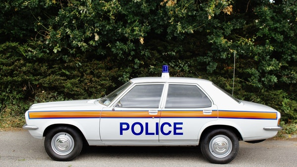 1978 Vauxhall VX2300 Police Car For Sale (picture 28 of 87)