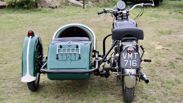 1949 Vincent White Shadow & Swallow Jet Sidecar For Sale (picture 13 of 60)