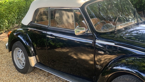 1975 VW Karmann 1303 Beetle Convertible For Sale (picture 39 of 51)
