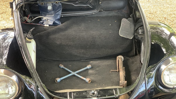 1975 VW Karmann 1303 Beetle Convertible For Sale (picture 47 of 51)