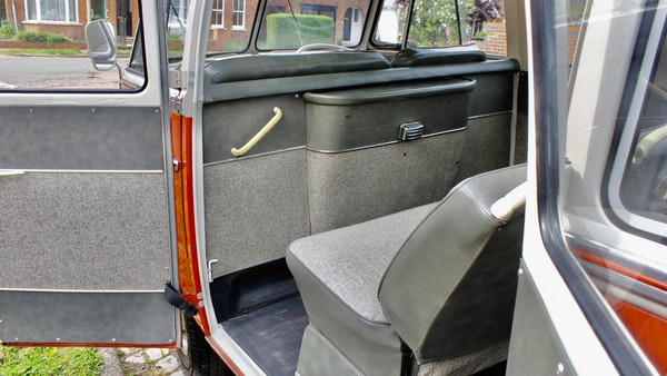 RESERVE LOWERED - 1965 Volkswagen Samba Microbus For Sale (picture 39 of 173)