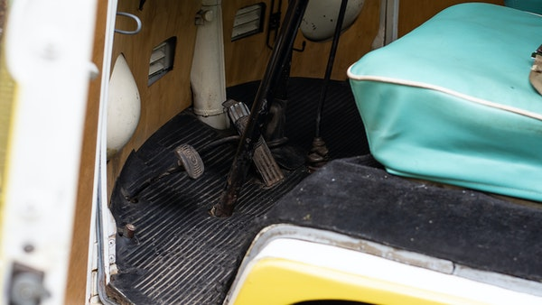 1964 VW Split Screen Sundial Camper For Sale (picture 33 of 164)