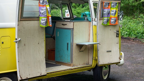 1964 VW Split Screen Sundial Camper For Sale (picture 44 of 164)