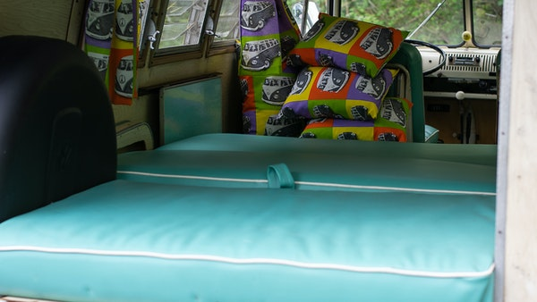 1964 VW Split Screen Sundial Camper For Sale (picture 62 of 164)