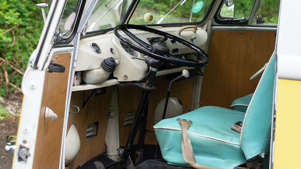 1964 VW Split Screen Sundial Camper For Sale (picture 25 of 164)