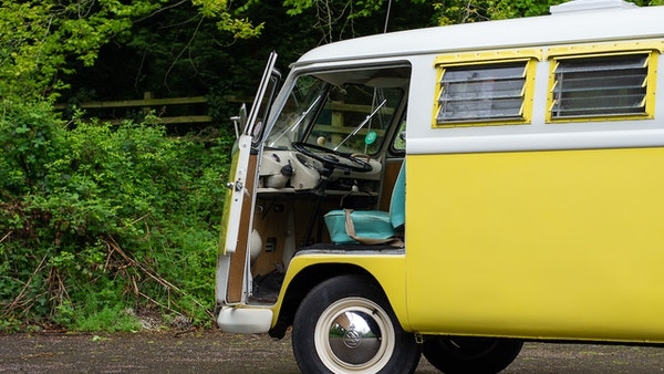 1964 VW Split Screen Sundial Camper For Sale (picture 16 of 164)