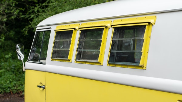 1964 VW Split Screen Sundial Camper For Sale (picture 19 of 164)