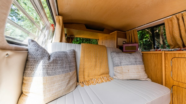 1971 VW T2 Westfalia Camper For Sale (picture 13 of 14)