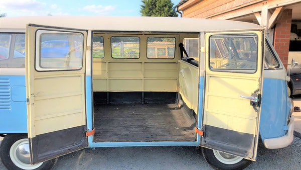 RESERVE LOWERED - 1975 Volkswagen Type 1 Split Screen Bus For Sale (picture 9 of 13)