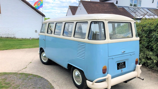 RESERVE LOWERED - 1975 Volkswagen Type 1 Split Screen Bus For Sale (picture 5 of 13)