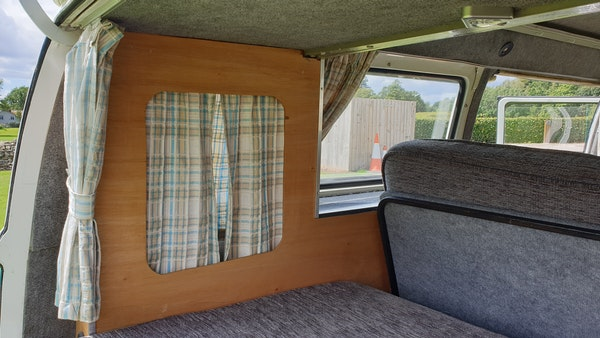 1975 Volkswagen Type 2 Camper For Sale (picture 52 of 138)